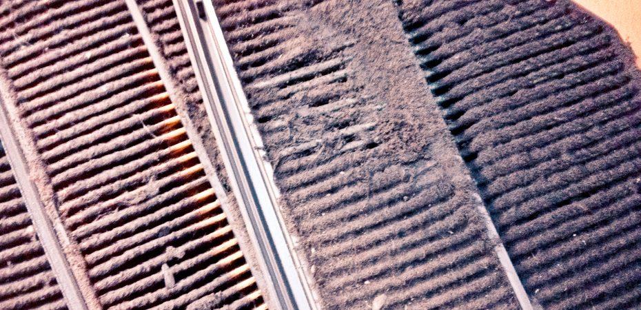 Грязный воздушный фильтр влияет на расход топлива